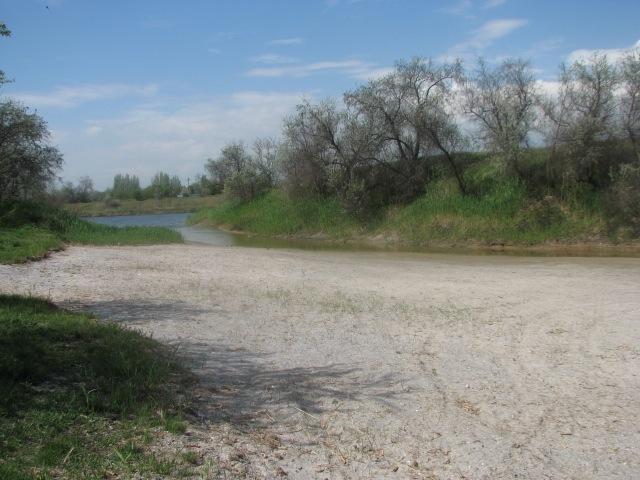 Детский пляж в Армянске - ответвление от СКК