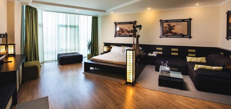Фото дизайнерского полулюкса отеля Aquamarine Resort & SPA