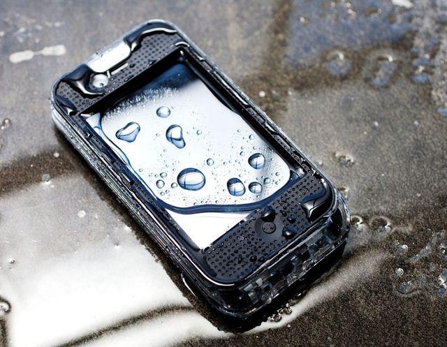 Мобильные телефоны в Крым