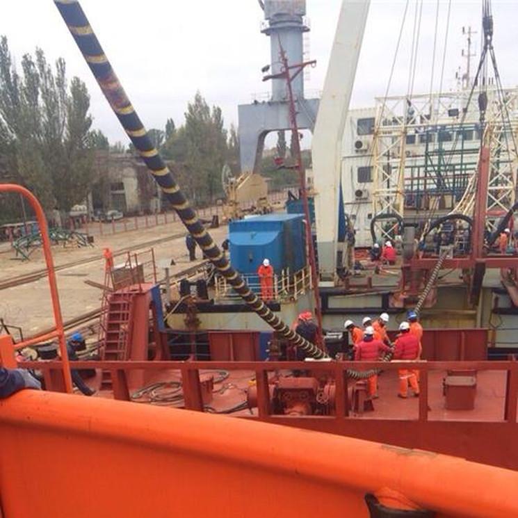 Корабль кабелеукладчик энергомоста в Крым