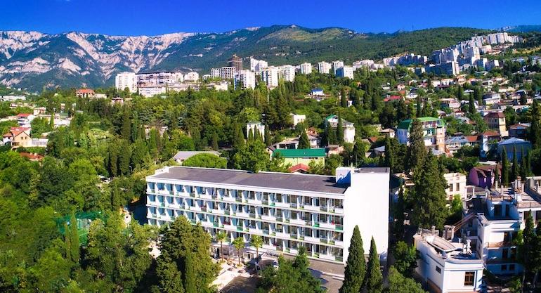 Курортный комплекс Ялта Круглый Год в Крыму