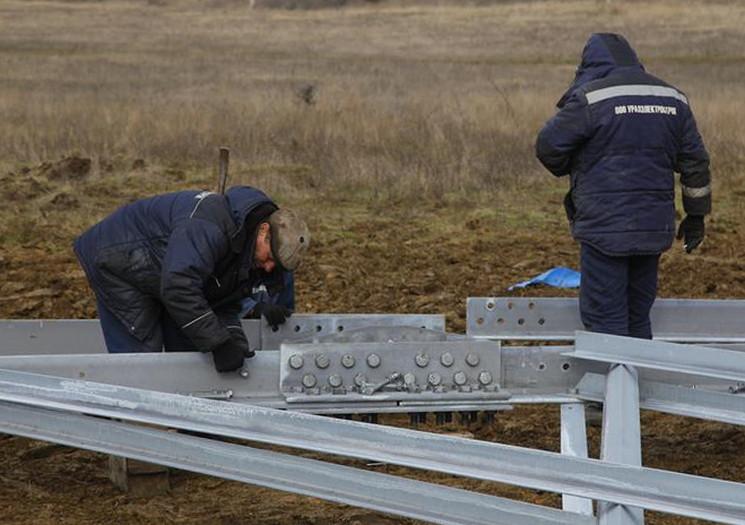 Прокладка энергомоста в Крыму