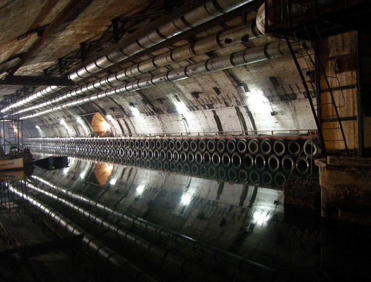 Секретная база подводных лодок в Балаклаве