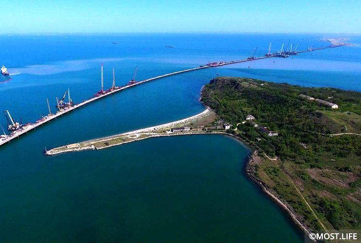 Строительство керченского моста в Крым