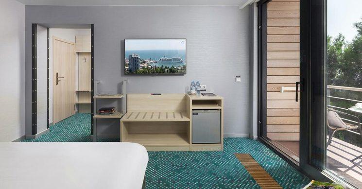 Улучшенный стандартный двухместный номер с 1 кроватью (Green Park)