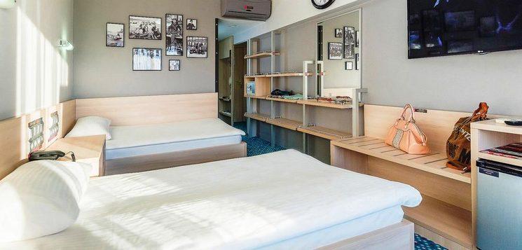 Улучшенный стандартный двухместный номер с 2 отдельными кроватями