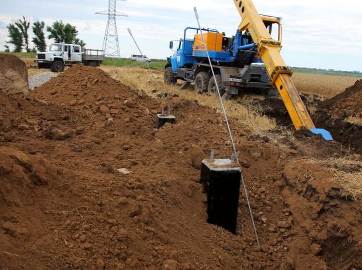 В Крыму идет строительство энергомоста через пролив
