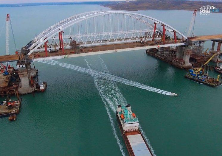 Завершено сооружение пролётов Крымского моста